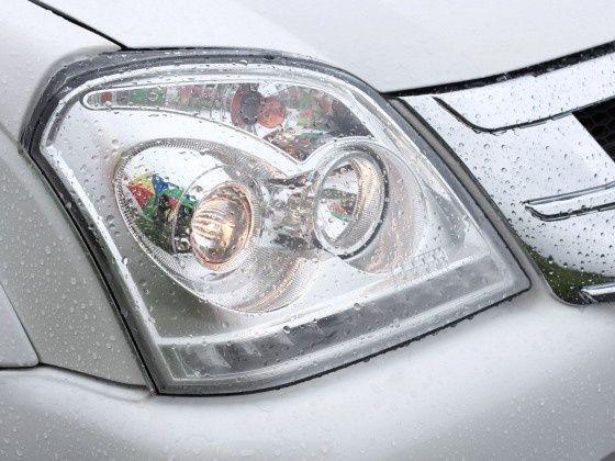 detail_headlights_main_560x420_560x420.j