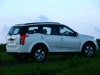 Mahindra to re-open XUV5OO bookings in January 2012