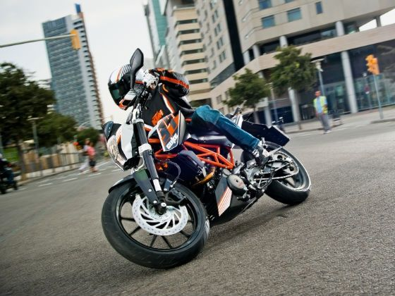 KTM 390 Duke in action