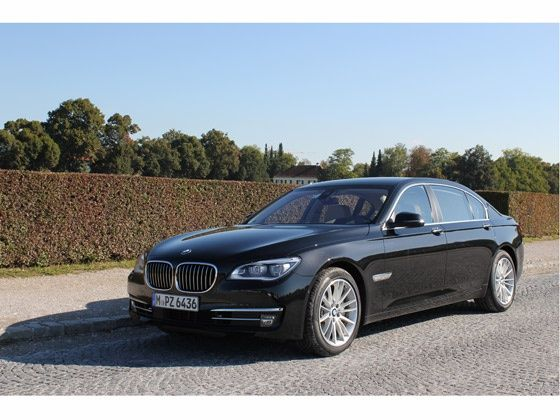New BMW 7-Series exterior