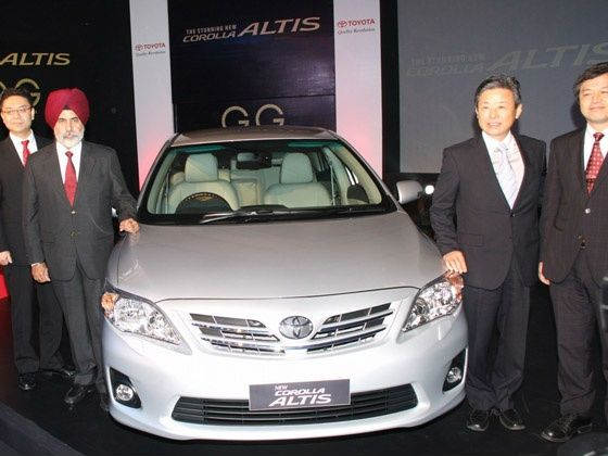Sandeep Singh and Hiroshi Nakagawa at the Toyota Corolla Altis launch