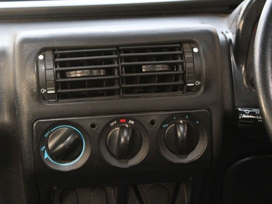 Mahindra Thar A/C switch panel