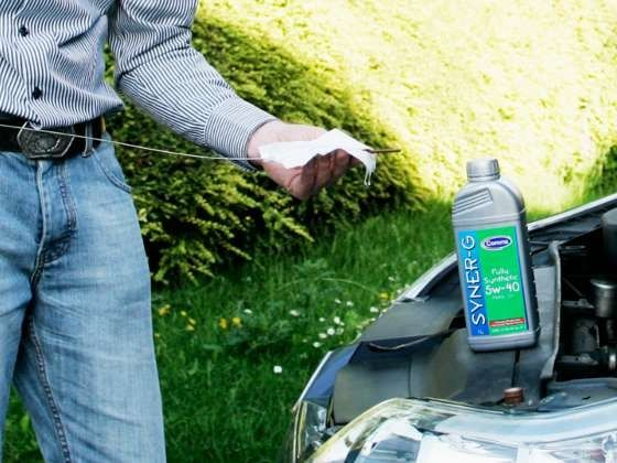 Checking engine oil level and top-up