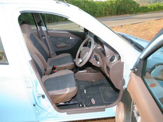 Maruti Suzuki Alto 800 interior front