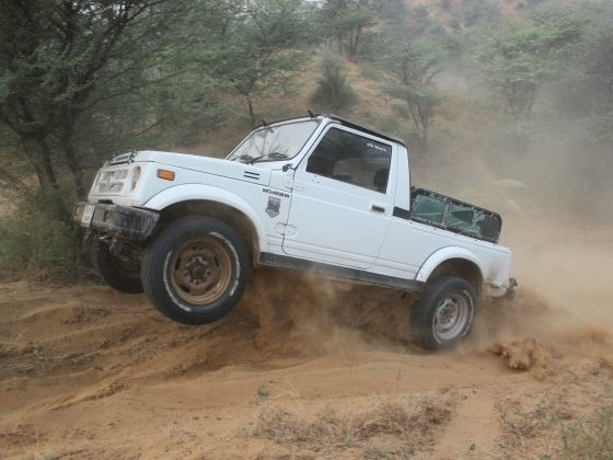 Maruti Gypsy King Terrain Tigers