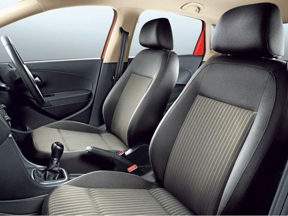 Volkswagen Cross Polo interior