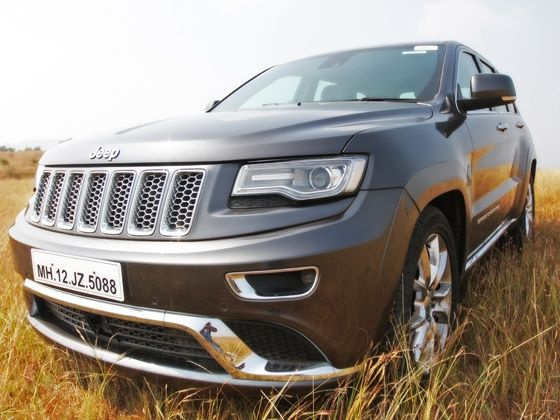 2013 Jeep Grand Cherokee Front