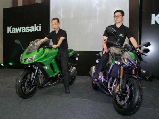 Kawasaki Z1000 and Ninja 1000 launched at Rs 12 50 lakh
