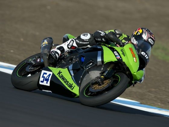 Kenan Sofuoglu in action at Philip Island for pre season test