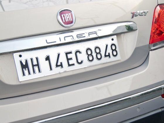 2014 Fiat Linea T-Jet Badges