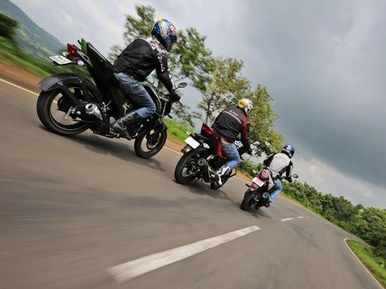 Yamaha FZ-S v2.0, Hero Xtreme and Honda CB Trigger in action