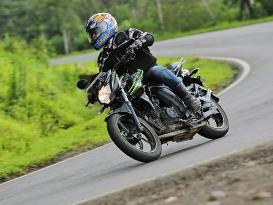 Yamaha FZ-S v2.0 in action