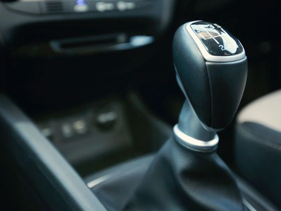 Hyundai Elite i20 gear shifter