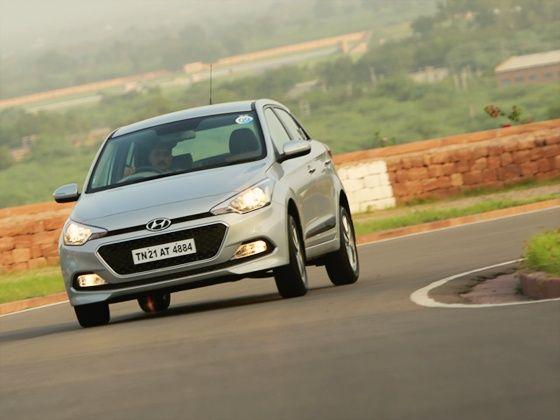 Hyundai Elite i20 cornering shot