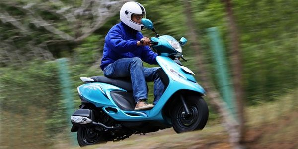 TVS Scooty Zest First Ride Review