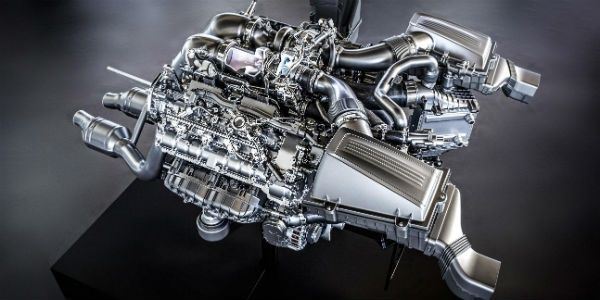 Mercedes-AMG GT 4.0-litre Biturbo engine