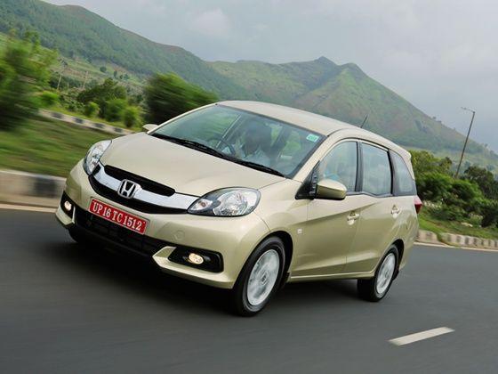 Honda Mobilio Review front motion