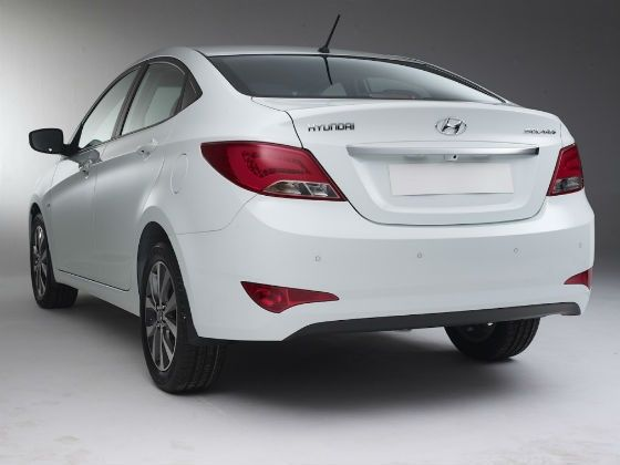 2015 Hyundai Verna facelift rear