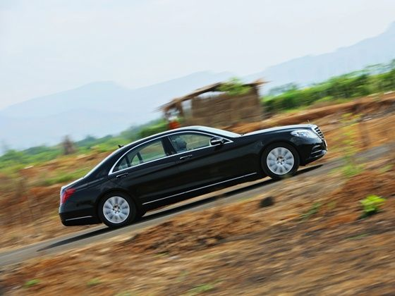 2014 Mercedes-Benz S-Class Review panning