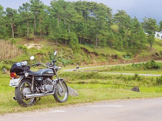Yamaha RD350 ride through Meghalaya