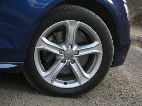 Audi A4 Diesel 177PS Wheel
