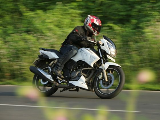 TVS Apache RTR 180 in action