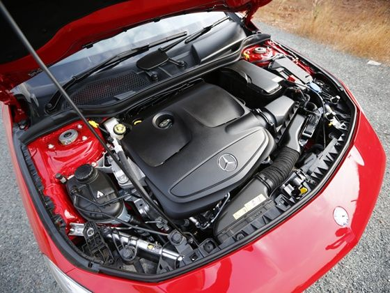 Mercedes-Benz CLA engine shot