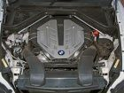 BMW X6: Engine Shot