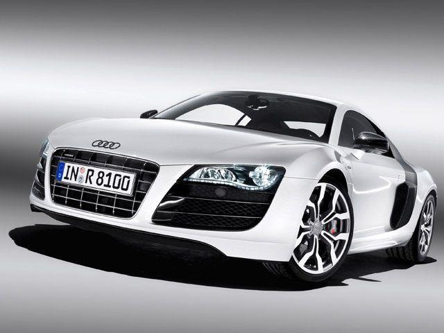 New Audi R8 5.2 FSI