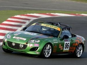 Three Mazda MX-5s finish Britain's most gruelling endurance