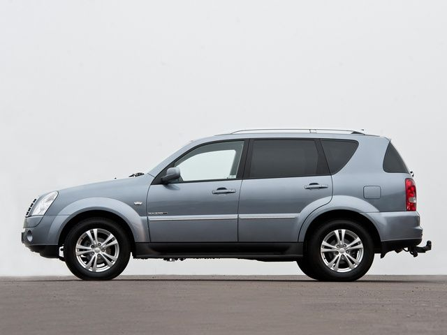 Ssangyong Rexton In Pictures Slide 3