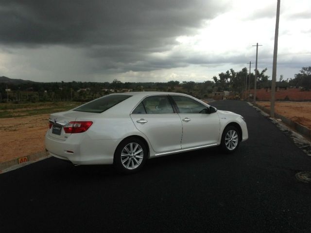 Toyota Camry Hybrid: First Drive Pics!