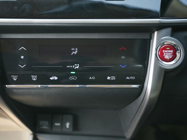 2014 Honda City Climate control console