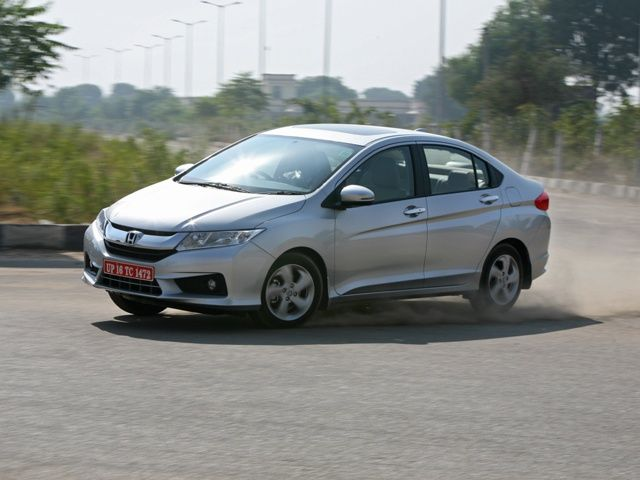 2014 Honda City cornering