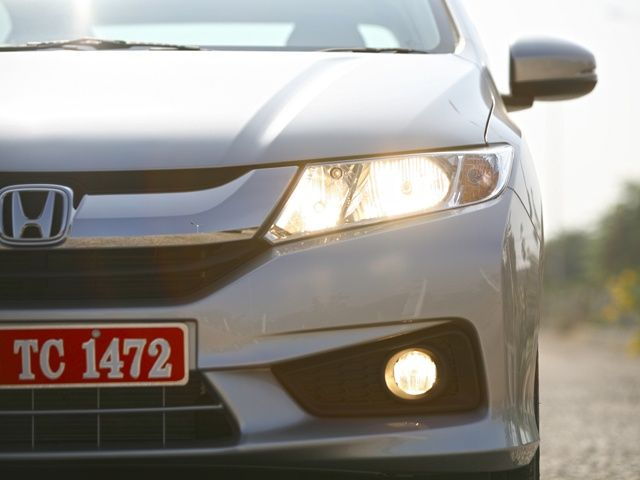 2014 Honda City Headlamps