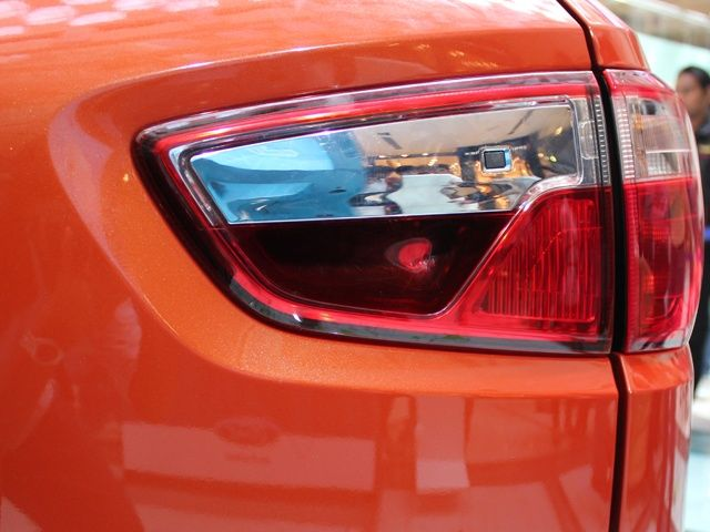 Ford EcoSport tailgate handle