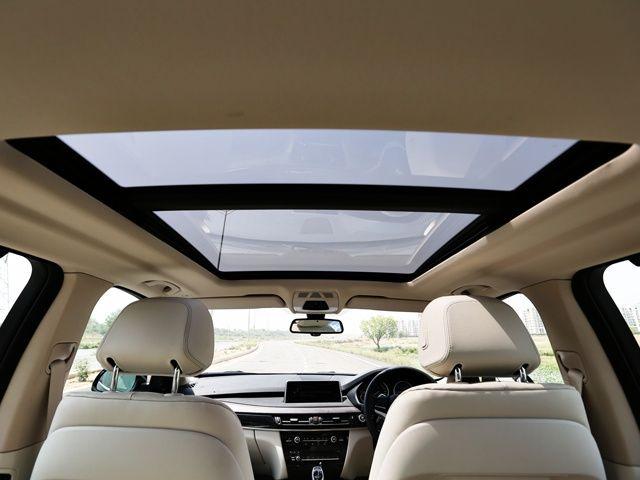 2014 BMW X5 panoramic sun-roof