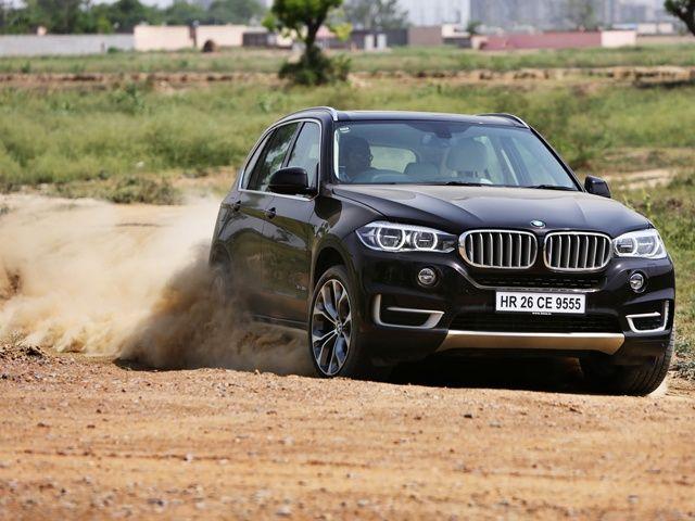 2014 BMW X5 dust shot