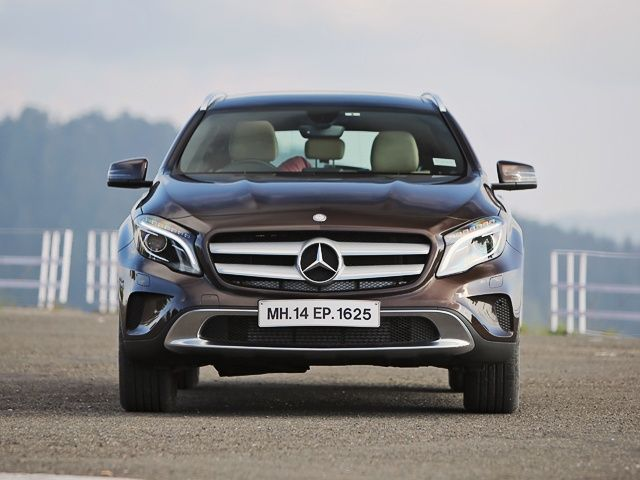 Mercedes benz gla class india review photo gallery slide 4 for Mercedes benz gla class india