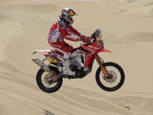 Team HRC in action at 2013 Dakar Rally