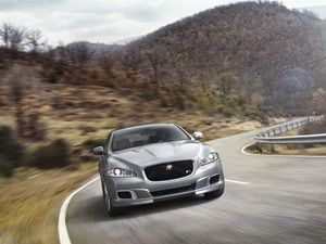 Jaguar XJR Unveiled at the New York Auto Show 2013