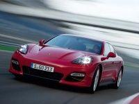 The new Porsche Panamera GTS